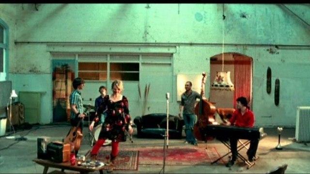 Room Eleven - Hey hey hey!