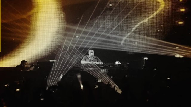 Alex Kunnari - Fly Away