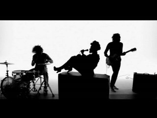 Noisettes - Dont Upset The Rhythm (Go Baby Go)