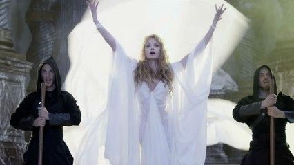 Arielle Dombasle - Ave Maria