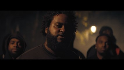 Bas - Housewives