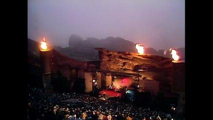 U2 - Sunday Bloody Sunday (Live Red Rocks)
