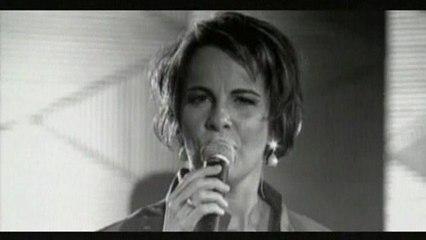 Leila Pinheiro - Um Dia, Um Adeus - Video Clipe