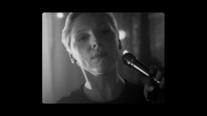 Laura Marling - I Feel Your Love