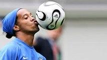 Ronaldinho ● Insane Freestyle Tricks ● Amazing Freestyle Show