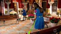 Chiquititas (15/03/17) - Capítulo 132 - Bia conta para Ana que Binho ainda chupa o dedo