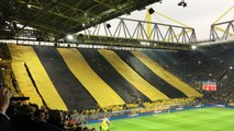 Today in Dortmund was like this with thousands of t-shirts offered by the club ...