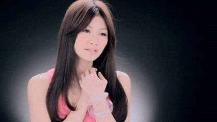 Josephine Lee - Hu Ran Ming Bai