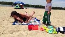 Adultes VS bébés : qui va gagner dans cette compilation