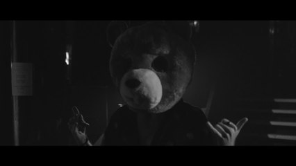 Eliza And The Bear - It Gets Cold