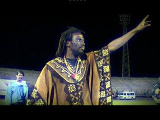 Tiken Jah Fakoly - Plus Rien Ne M'Etonne - Live