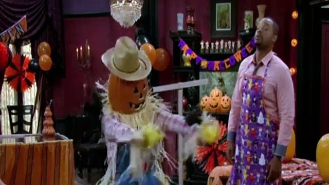 The Haunted Hathaways S01E11 Haunted Halloween