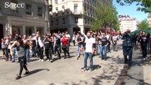 Lyon sokaklarını Beşiktaş Çarşı'ya çevirdiler