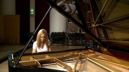 Vanessa Benelli Mosell - Stravinsky: 3. La Semaine Grasse; Trois mouvements de Petrouchka