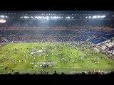 La pelouse du Parc OL envahie par des supporters, le coup d'envoi retardé