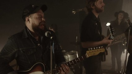 Nathaniel Rateliff & The Night Sweats - Howling At Nothing