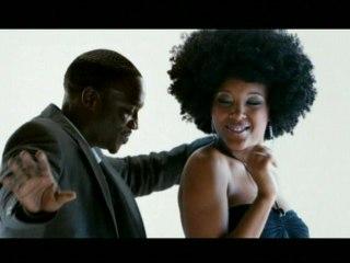 Akon - Beautiful