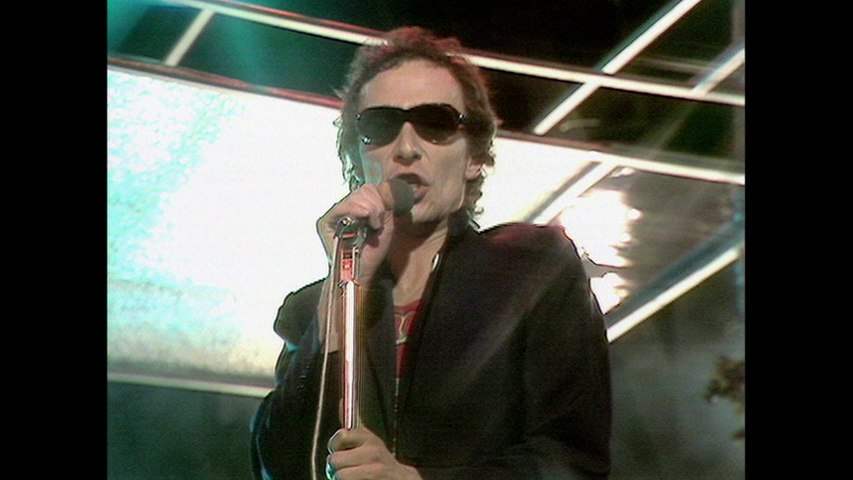 Graham Parker - Hey Lord Don't Ask Questions