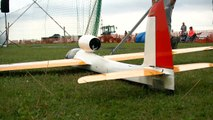 RC MODEL GLIDER 'STINGRAY' EDF WITH TURBINE SOUND _ Euroflugtag Rheidt 2016-x8KG