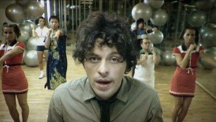Pier Cortese - Più O Meno Contento - Videoclip