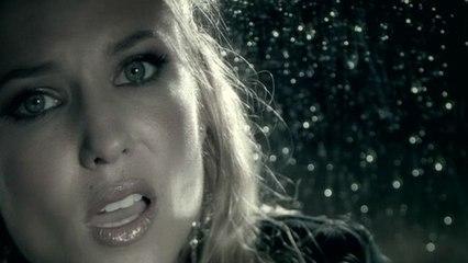 Julie Roberts - Break Down Here