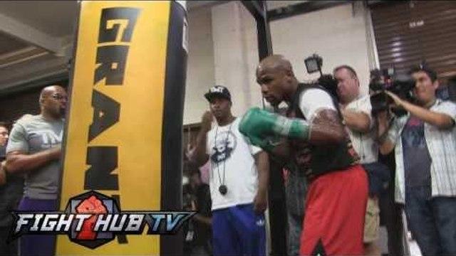 Floyd Mayweather vs Canelo Alvarez: Floyd Mayweather Heavy Bag Workout (HD)