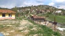 Hayalet Köyün Sakinleri Oy Kullanmak İçin Komşu Köye Gidiyor