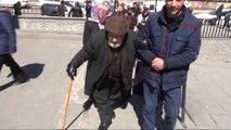Kars 90 Yaşındaki Gazi, Önce Vatan, Sonra Can Dedi Oyunu Kullandı
