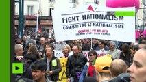 Heurts avec la police lors de la manifestation des «antifas» contre le meeting de Le Pen à Paris