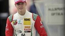Mick Schumacher roule sur les traces de son père