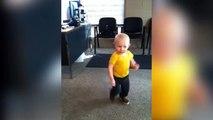 Ce bébé assure grave en Kung-Fu... Mini bruce lee