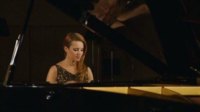 Katarina Knechtova - Isabel