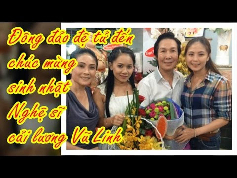 Đông đảo đệ tử đến chúc mừng sinh nhật nghệ sĩ cải lương Vũ Linh