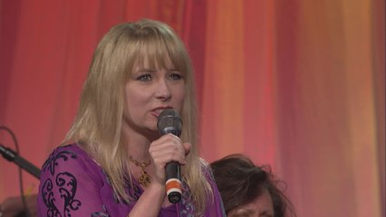 Melissa Brady - Amazing Grace (My Chains Are Gone)