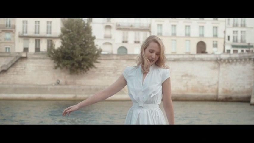 Sarah McKenzie - Paris In The Rain