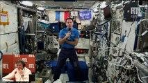 Thomas Pesquet parle avec Yves Calvi depuis la Station Spatiale Internationale