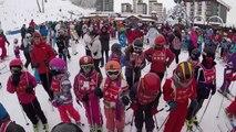7 Jours Fous au Ski • #2 POUR JODIE QUI S'EST CASSÉ LE BRAS AU SKI • Du ski, de la luge