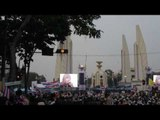 Thai protesters turn out en masse to challenge government - December 2013