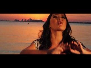 Por qué Me Olvidas - Paola Jara (VideoOficial)