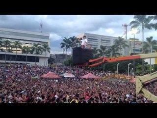 Osmar Pérez & Los Chiches Vallenatos -Dile  (En vivo)
