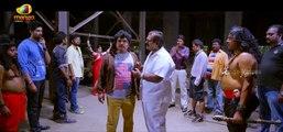 Sampoornesh  Babu  Imitates  Mahesh Babu