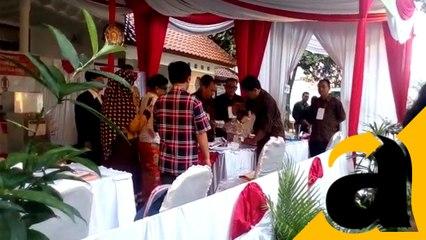 Pembukaan TPS  Jokowi