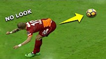 Most Unexpected Passes In Football - Unbeatable passes ever - No Stopping the Ball