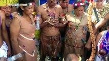 Gobernador de Amazonas realiza ritual indígena para proteger marcha opositora