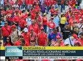 Venezolanos marchan en defensa de la paz y el proceso revolucionario