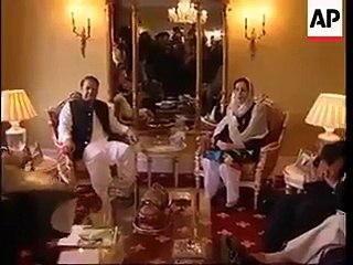 Benazir Bhutto and Nawaz Sharif in 2007 in London Apartments
