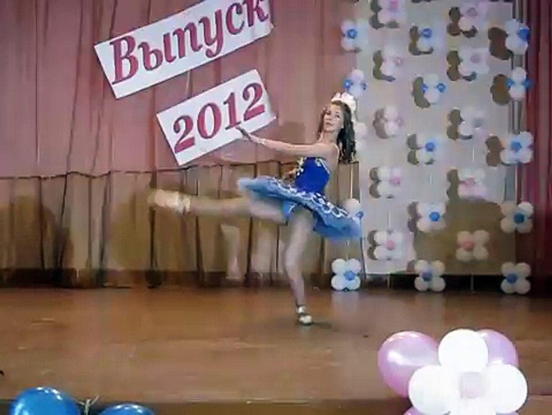 Very Beautiful Girl Dance // Beautiful Girl Got Awesome Moves
