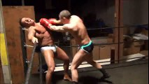 Combate muscular de boxe. Boxing muscle fighting.
