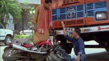 Madhavan & Vrajesh Hirjee's Funny Accident _ Rehna Hai Tere Dil Mein _ Bollywood Comedy Scenes