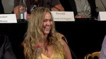 Ronda Rousey fiancée à Travis Browne